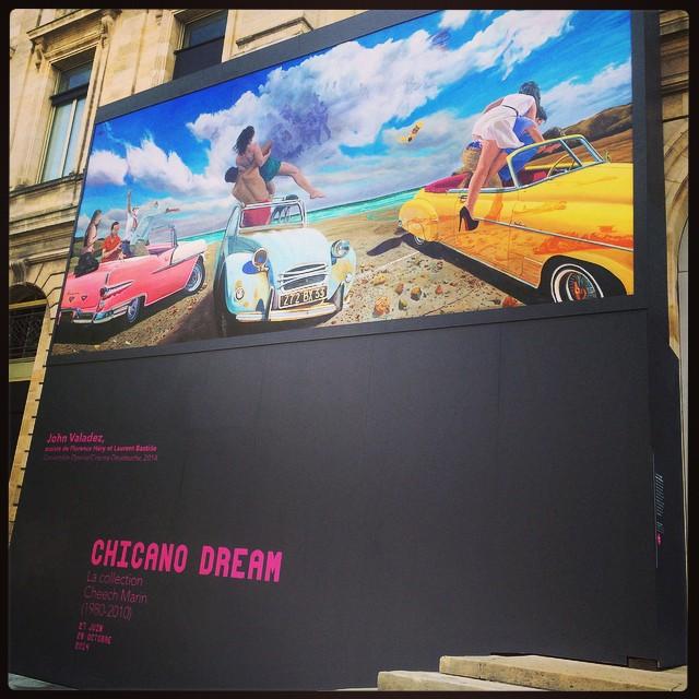 Convertible Operas/Cinema Deudeuche. Fresque murale de John Valadez, assisté de Florence Héry et Laurent Bastide exposée sur la façade du Musée d'Aquitaine © FredMJG/Instagram