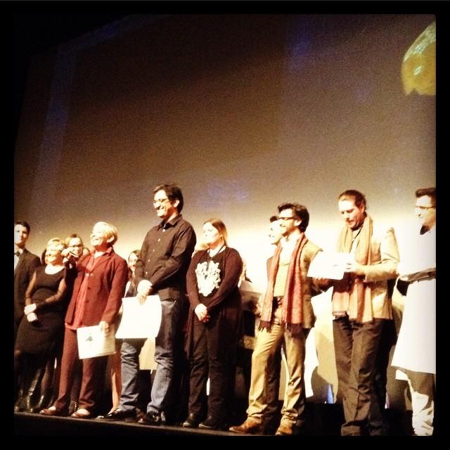 Nima Javidi, réalisateur de Melbourne, entouré du Jury INALCO et accompagné de Shahla Nahid, spécialiste du cinéma iranien © FredMJG/Instagram