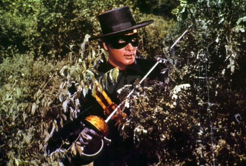 Non, Pierrot, ne t'inquiète pas, on ne t'a pas reconnu ! Pierre Brice dans Maciste contre Zorro © Romana Film