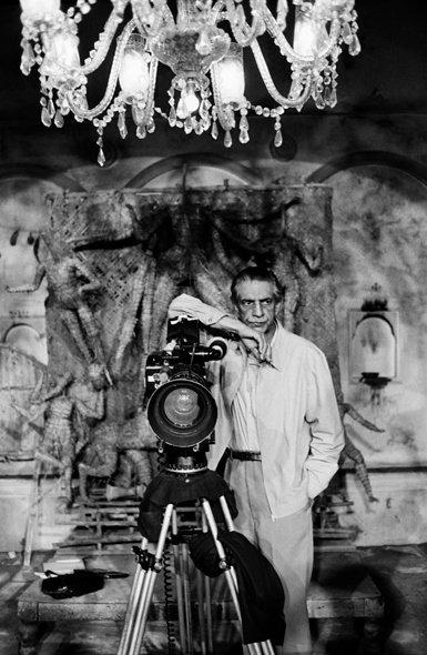 Satyajit Ray sur le tournage de Un ennemi du peuple/Ganashatru_1989 © Nemai Ghosh
