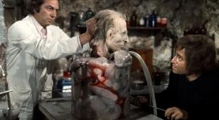 Le Bossu de la morgue © Collection Christophel